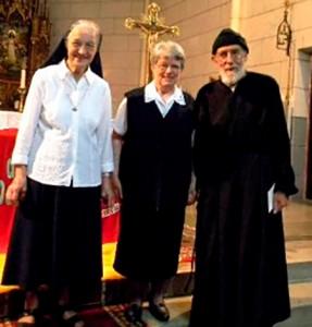 Sr Bernadette, Sr. Rosa und P. Berno feierten je 60 Jahre Weihegelübde.
